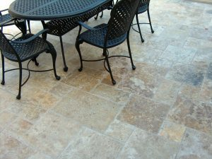 antique unfilled and tumbled french pattern travertine tiles