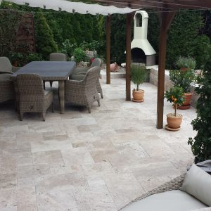 French pattern tiles of travertine pavers
