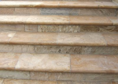 Inspiring travertine tread and bullnose edge