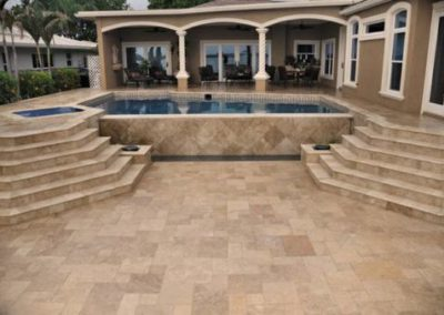 Outdoor-pavers-noce-travertine-510x339