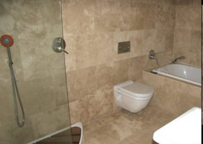 ivory travertine filled and honed bathroom tiles wall tiles