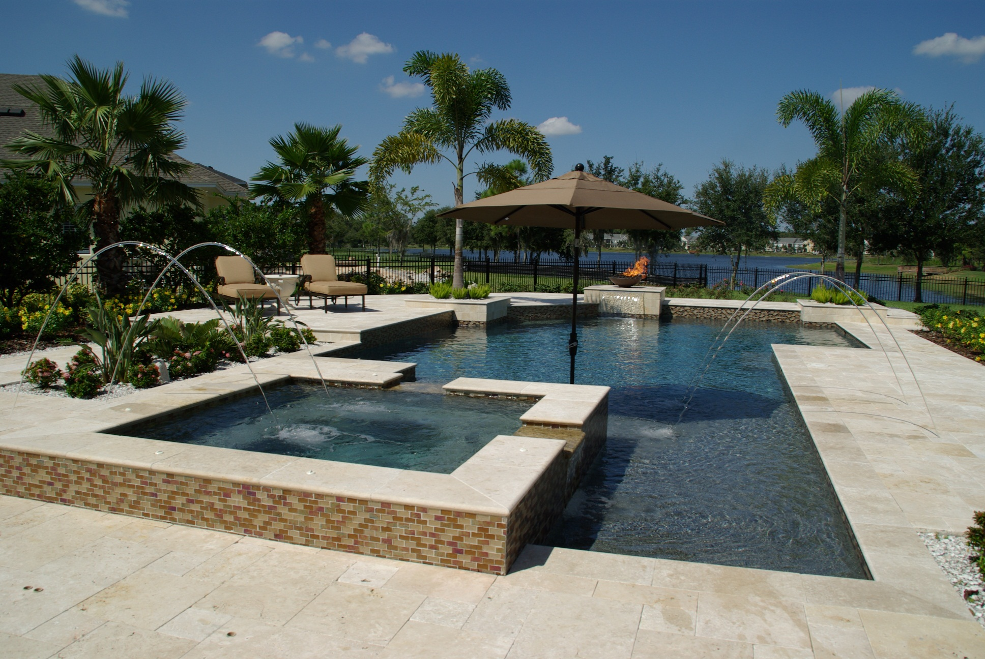 Travertine Pool Tiles And Paving Travertine Tiles Pavers Melbourne Sydney Brisbane
