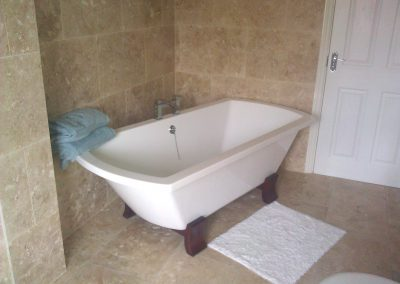 noce bathroom tiles travertine